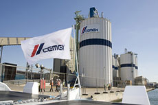 Cemex lowers 2009 outlook