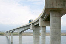 Cemex develops Colombia bridge ready-mix concrete