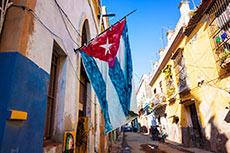 Caterpillar CEO visits Cuba