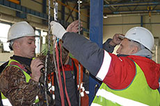 Peterburgtsemente employees undergo new safety training
