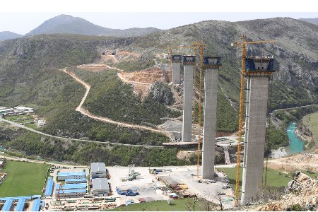 CEMEX supplies cement for Montenegro's construction boom