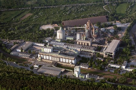 Upgrade of the Vác cement plant reduces environmental impact