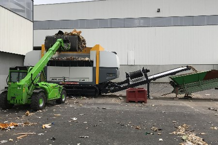 Environnement 48 increases capacity with second UNTHA shredder
