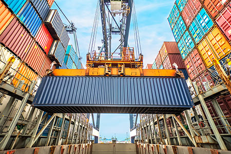 Record containership demolition exceeds 500 000 TEU